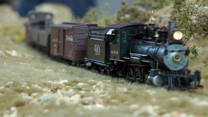 Modelleisenbahn Rocky Mountain Railroad Studio in Spur H0n3 auf der US Modellbahn convention in Rodgau
